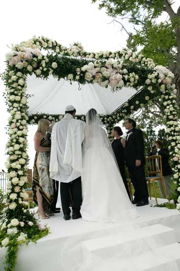 jewish-wedding-in-italy-venice-outdoor-ceremony-1