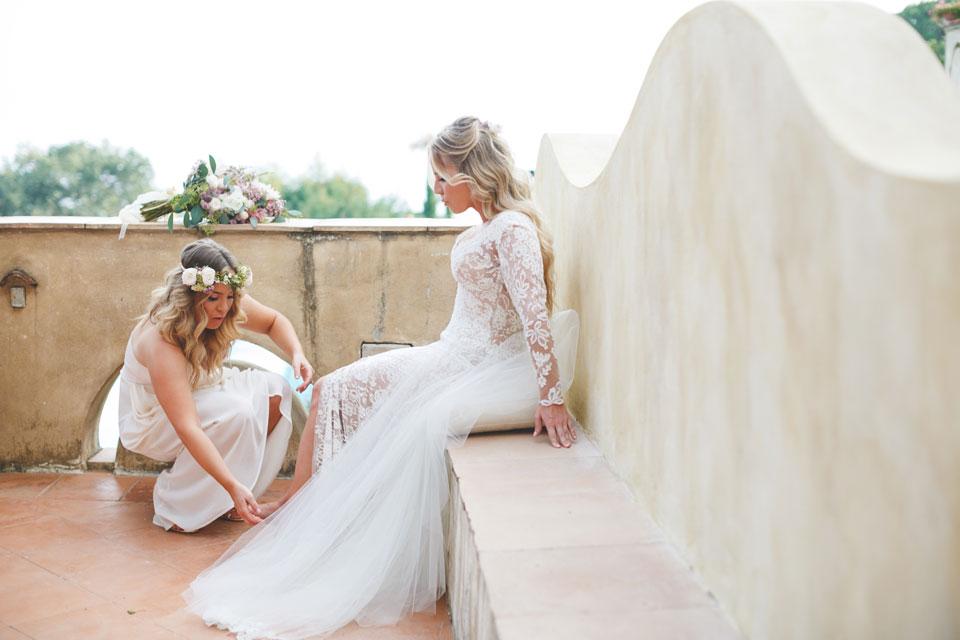 Bride and bridesmaid getting ready for Amalfi Coast wedding