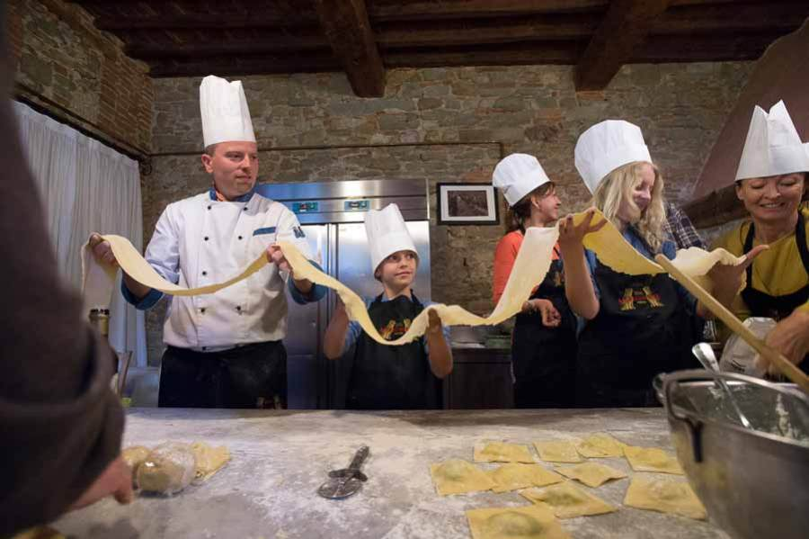 wedding-in-tuscany-cooking-class-0247