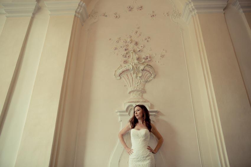 Portrait of the bride at Villa Durazzo