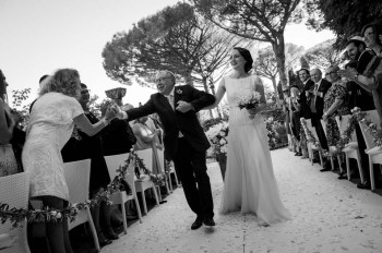 Arrival of the bride at Jewish Ceremony in Ravello