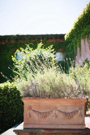 tuscany-wedding-castle-palagio-gabriella-charles-preparation-065-2