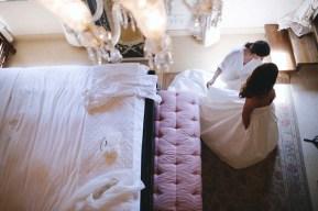 tuscany-wedding-castle-palagio-gabriella-charles-preparation-124