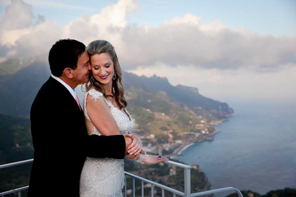 Bridal couple on a terrace in Ravello
