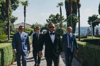 Wedding cocktail in Tuscan castle