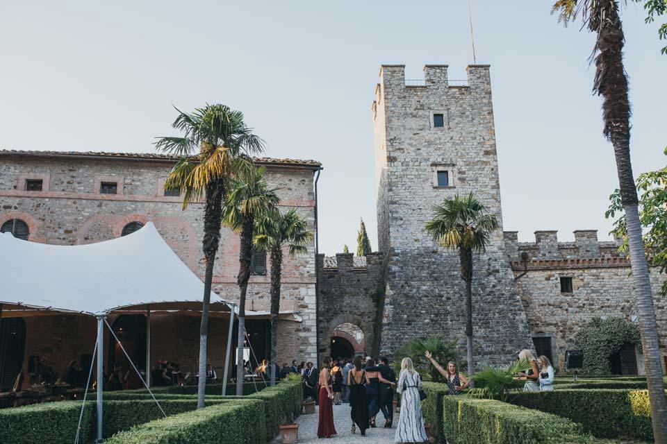 Modanella Castle for weddings in Tuscany