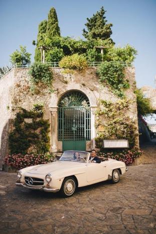 Amalfi Coast wedding with vintage car