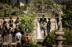 florence-castle-wedding-vincigliata-kristy-cliff-32