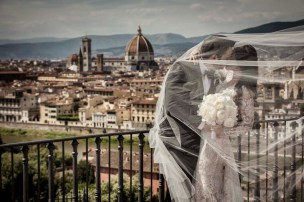 florence-castle-wedding-vincigliata-kristy-cliff-7