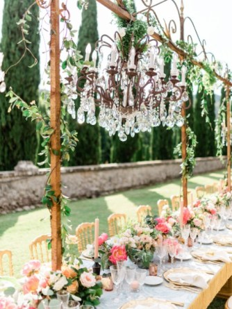 Crystal chandelier for Tuscany wedding