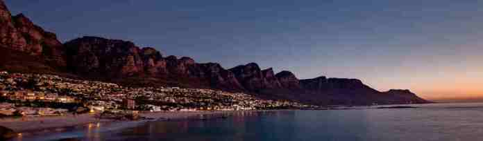 gallery-sunset-over-camps-bay-and-12-apostles