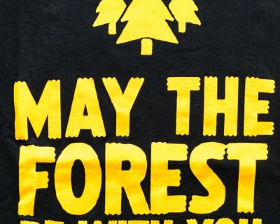 T-SHIRT – GILDAN – MAY THE FOREST – Size L