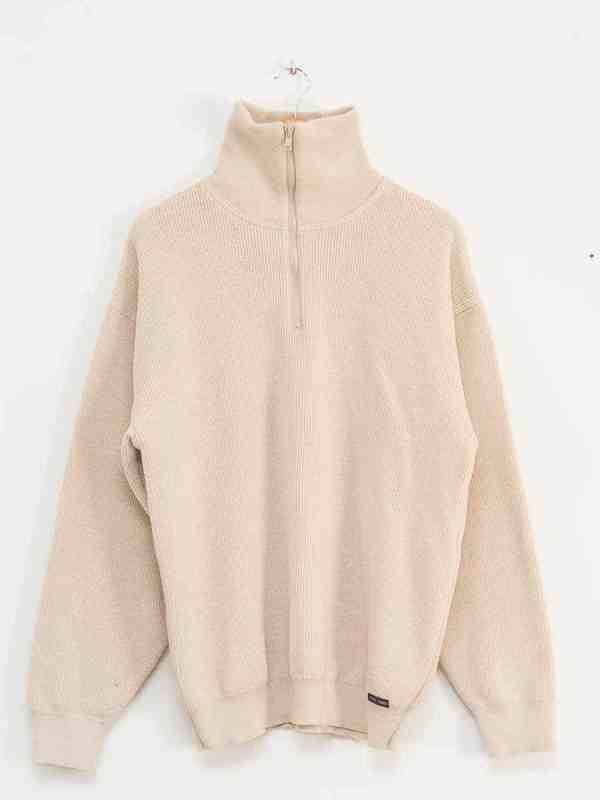 excreament mars 2020 pullover saint james denim jacket obama mickey mouse marlboro reebok vintage thrift second hand shop fashion (1)