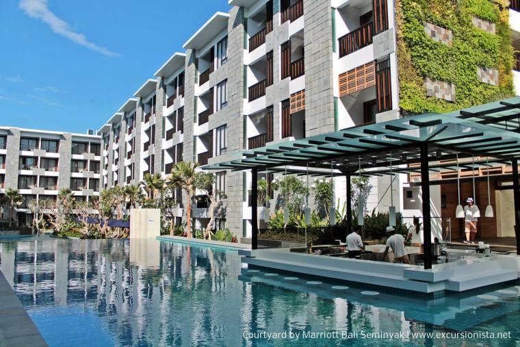 courtyard seminyak pool bar