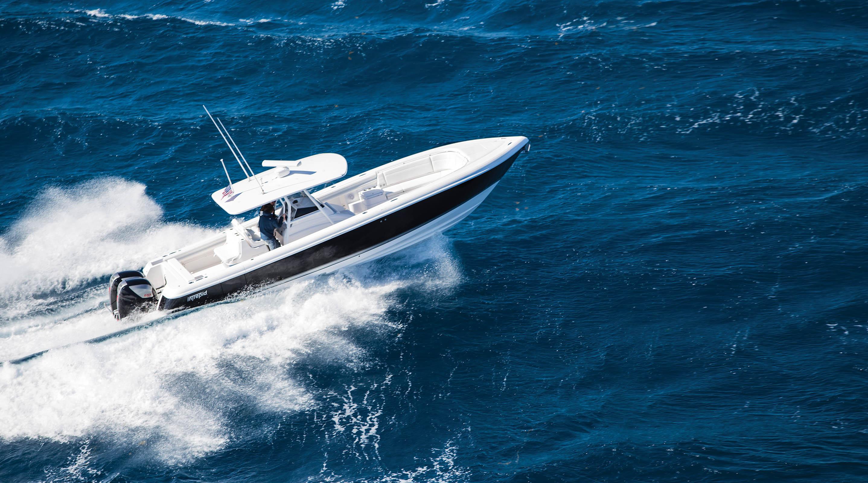 Seven Marine Executive Yacht Canada