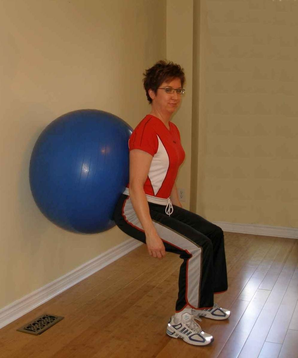 Squat with the Exercise Ball