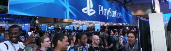 ECN-072014_SW_Sharable-tweetable-environments-at-E3_Pinnacle-Exhibits_PlayStation-action-photo-with-media-and-crowds-(Rotator)
