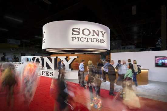 Photo credit: Gary Michael Prochorchik - www.exposuresltd.com CEES SMIT's fabric solution for Sony Pictures and Southwest Displays & Events.