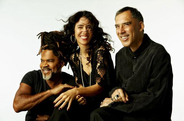 Il trio brasiliano TRIBALISTAS per la prima volta in tour in tutto il mondo, tra cui l'Italia (8 nov. Milano e 11 nov. Roma). Biglietti in prevendita disponibili
