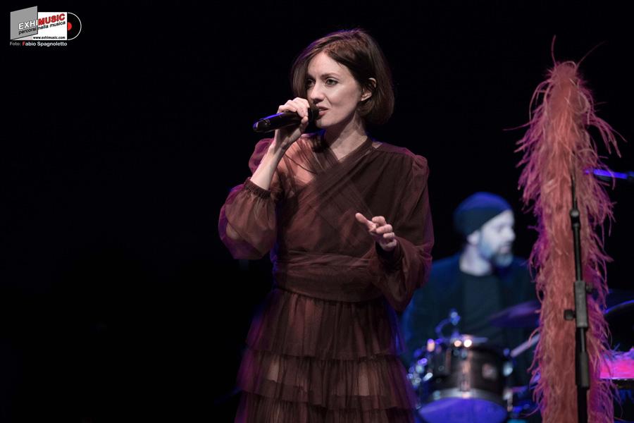 PATRIZIA LAQUIDARA Live Domenica 3 febbraio - Auditorium Parco della Musica di Roma. Foto gallery di Fabio Spagnoletto