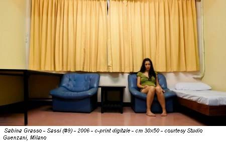 Sabina Grasso - Sassi (#9) - 2006 - c-print digitale - cm 30x50 - courtesy Studio Guenzani, Milano