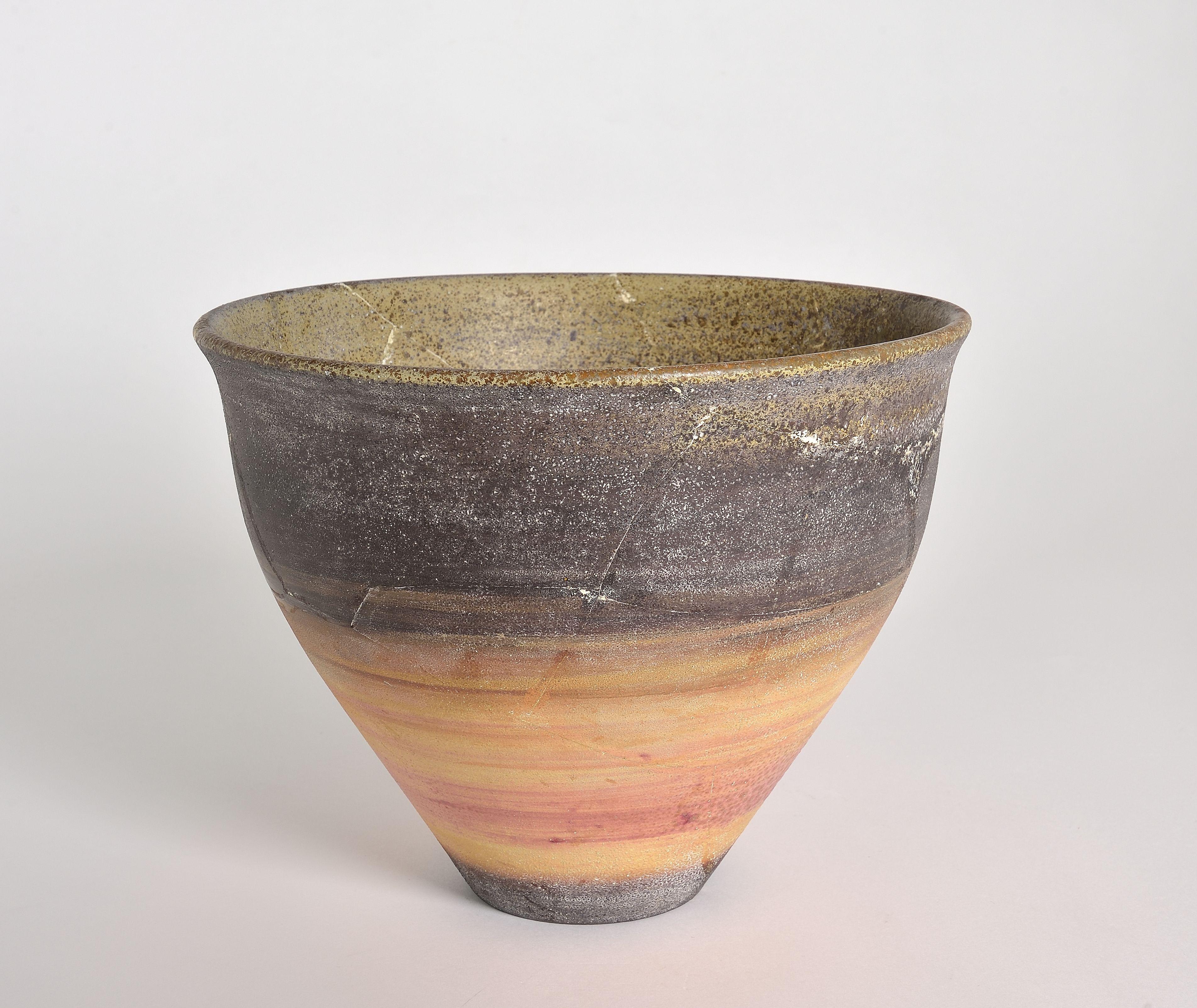 La ceramica e che hanno deciso di vivere e lavorare qui. La Collezione Di Ceramiche Di Lara Vinca Masini Donata Al Mic Di Faenza
