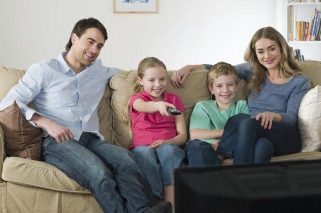 oglądanie telewizji