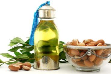 Olejek arganowy – 10 korzyści dla skóry i włosów