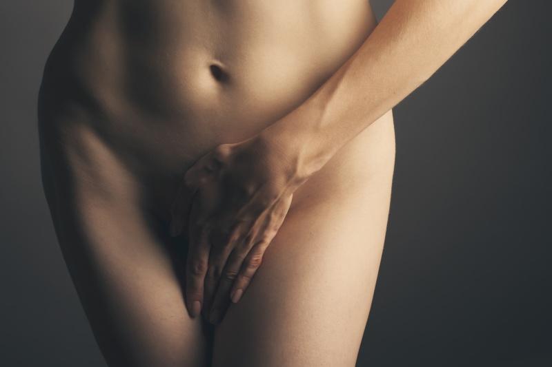 Kobiece problemy intymne – jak sobie z nimi radzić?