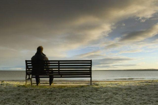 jak poradzić sobie z samotnością