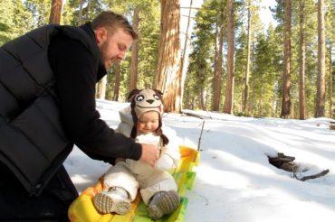 Spacery z dzieckiem – Kiedy wychodzić zimą