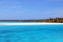 Wirklich überall ist Sand und türkisblaues Wasser, man wünscht sich doch mehr Abwechslung.