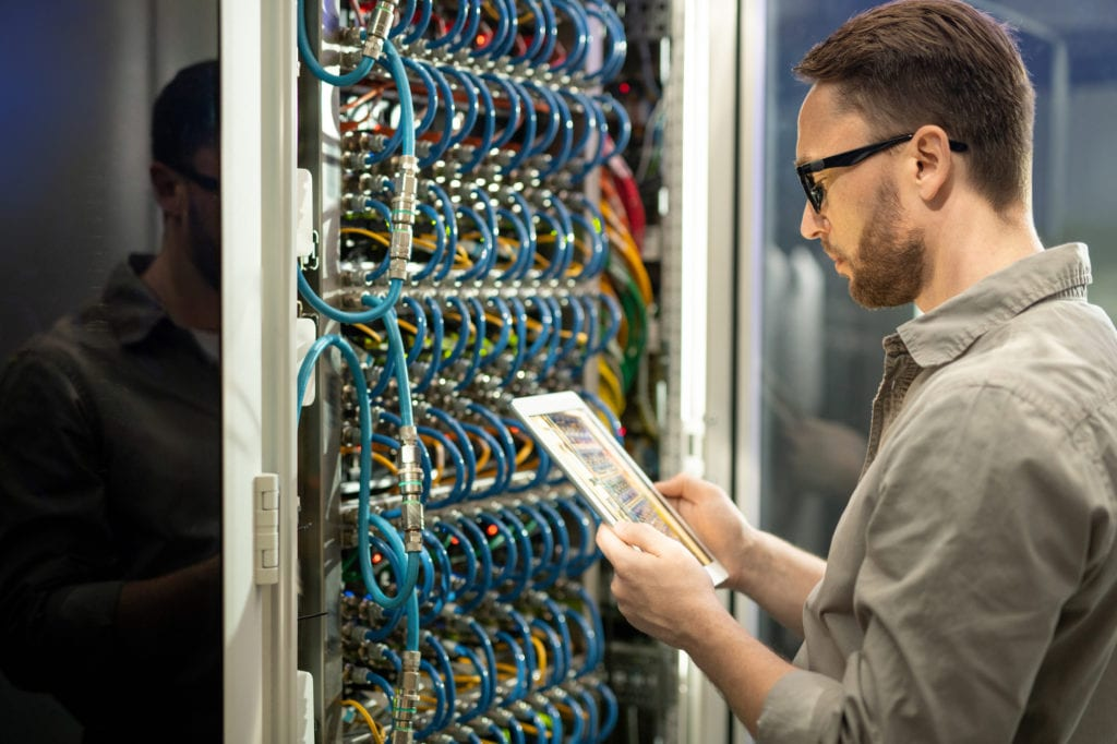 Preparing to create a data center decommissioning checklist.