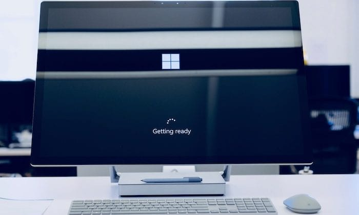 Windows PC loading.