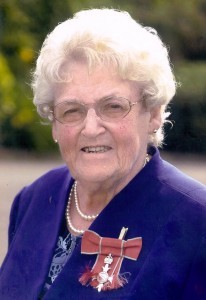 Mary Moore MBE pic