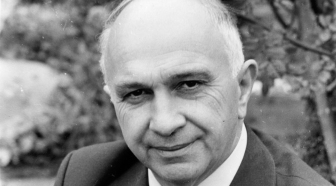 GLYN COURT, HISTORIAN, SADLY MISSED