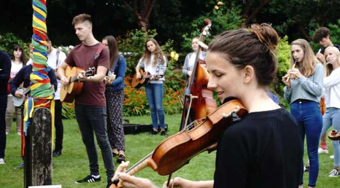 EASTER HOLIDAY OPPORTUNITY FOR YOUNG MUSICIANS