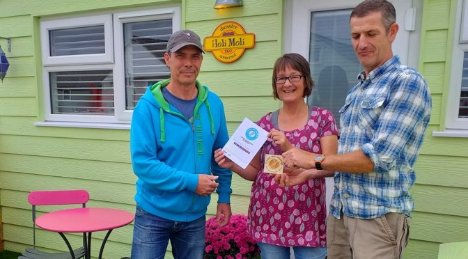DUNSTER BEACH HUT URGES OTHERS TO JOIN THE PLASTIC FREE REVOLUTION