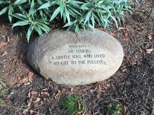 memorial-rock