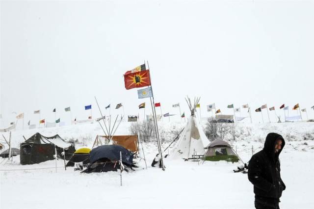 161128-dakota-access-winter-2007_a69f7420d51520f7278b797ce606bf1d-nbcnews-ux-2880-1000