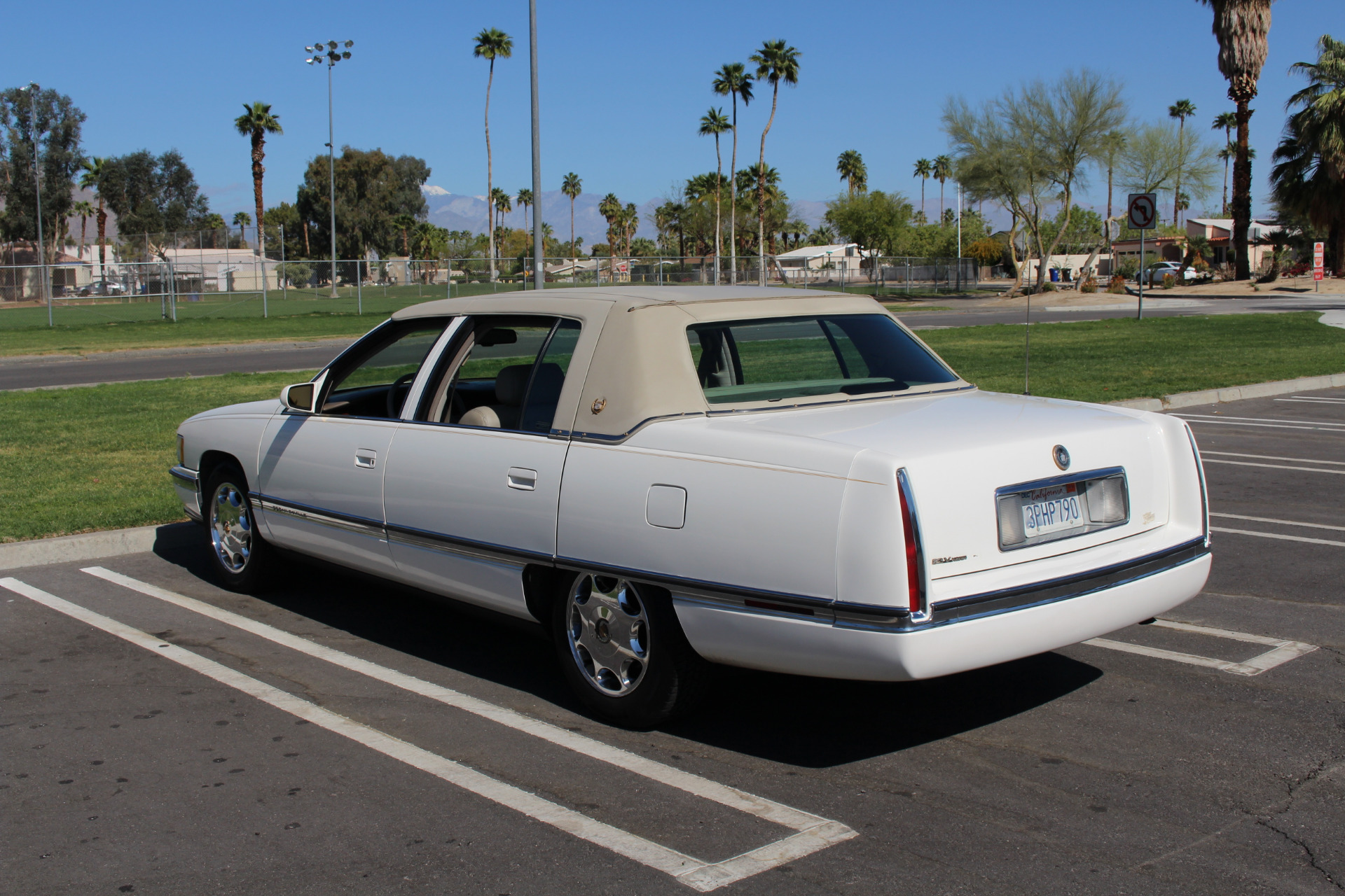 hight resolution of used 1996 cadillac deville