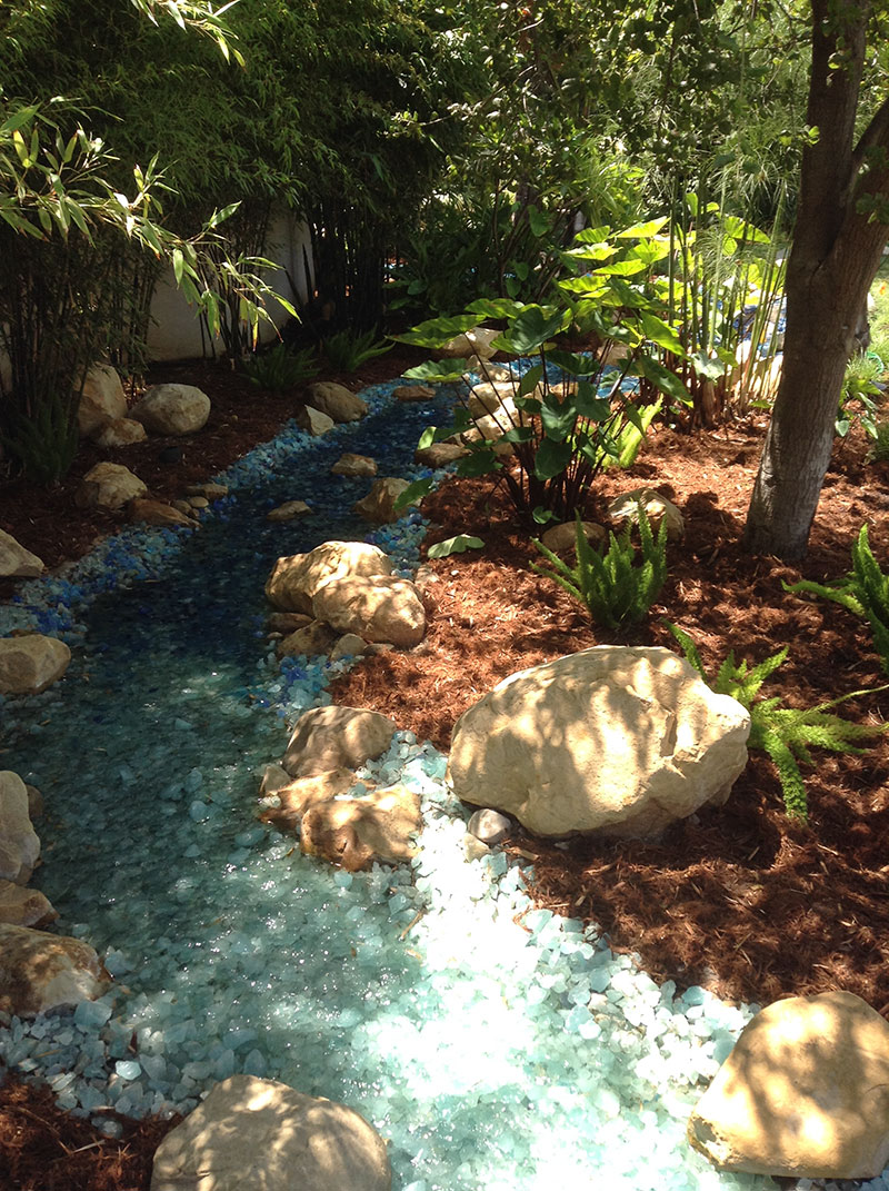 Large Pebbles Landscaping