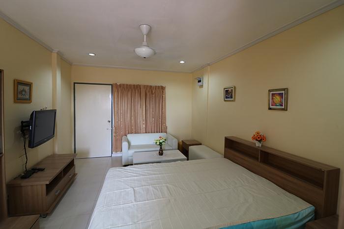 Billige Studiowohnung im Fly Bird Condominium in Zentral Pattaya