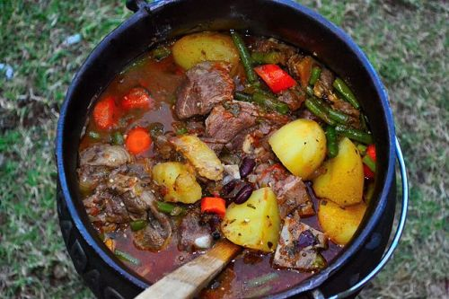 Top South African food: Potjiekos