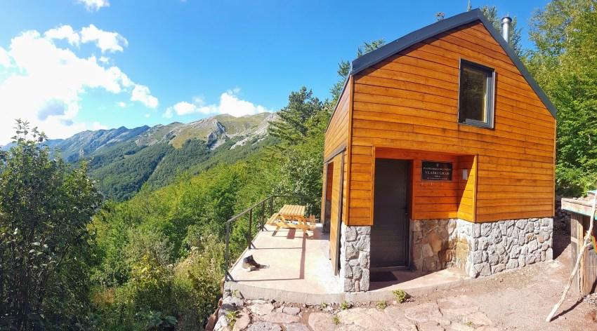 Mountain shelter Vlaški Grad in Croatia