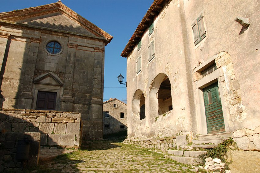 The Croatian village of Hum, smallest city in the world