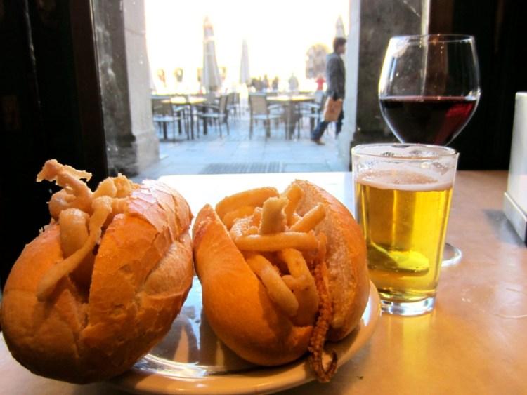 bocadillo de calamares madrid plaza mayor i love spain