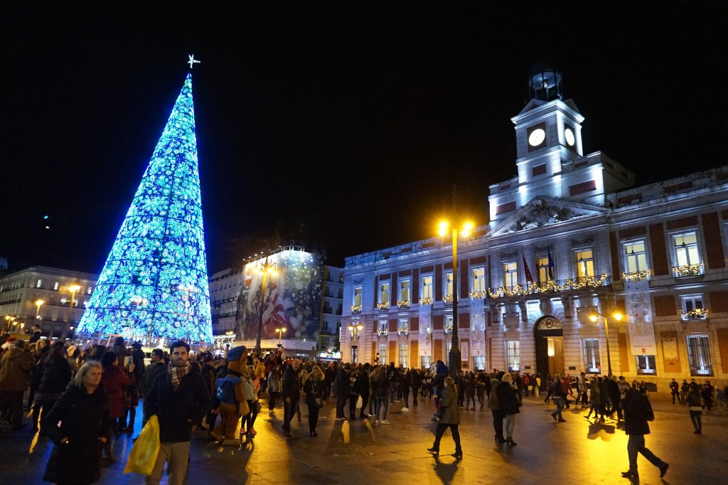 christmas in madrid, puerta del sol