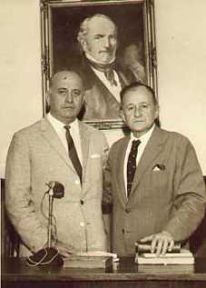 Deolindo Amorim com Umberto Mariotti (à esquerda), dois dos mais destacados defensores do Espiritismo, respectivamente, no Brasil e na Argentina, ambos escritores.
