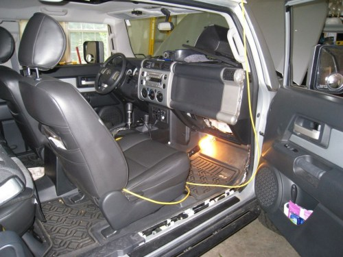 small resolution of 31 2010 by expeditionr electrical mods and modding toyota fj cruiser http solar panel wiring diagram